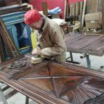 Momenti di vita quotidiana alla Citta' Antiquaria: restauratore all'opera